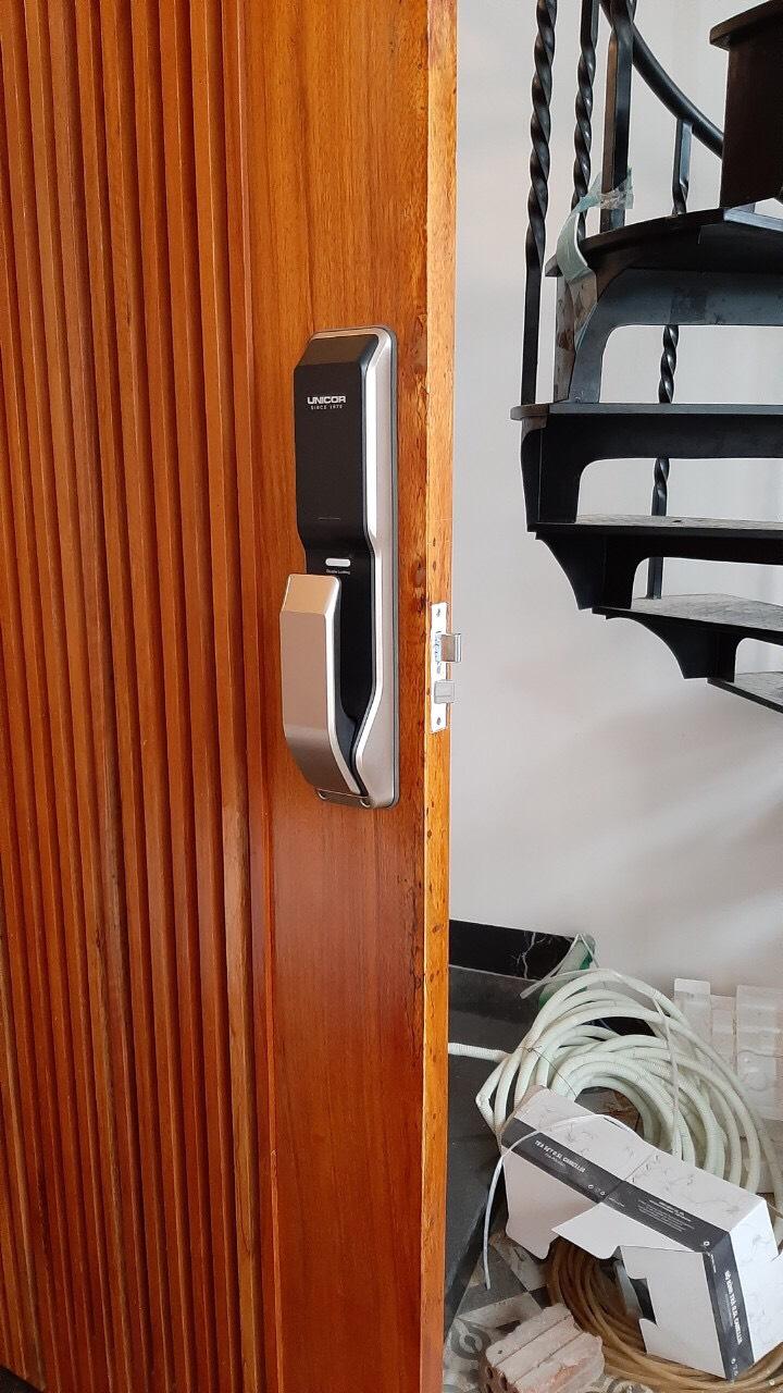 Unicor cho cửa gỗ